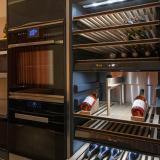 Weinkühlschrank Fa. Miele mit drei Kühlzonen SONDERPREIS: 2.900 € (statt 4.500 €)